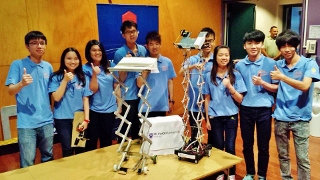 Monash University Malaysia's 2014 Warman Team in National Finals.