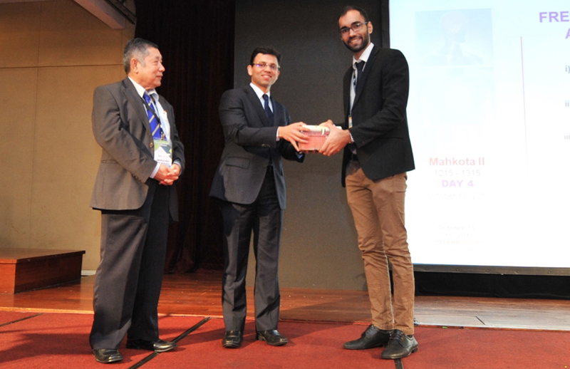 Dr Hardesh won Young Investigators' Award