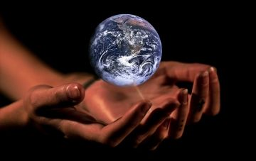 Hands Earth