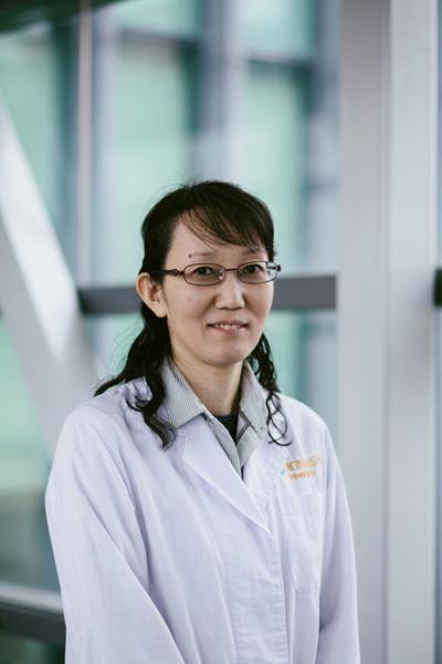 Dr Tomoko Soga