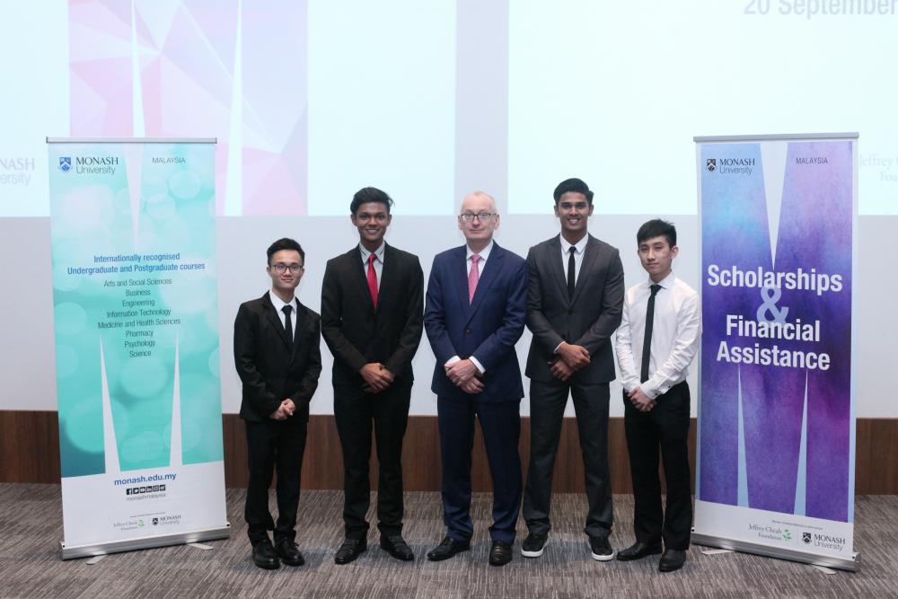 Kết quả hình ảnh cho Engineering Excellence Scholarship 2019 monash