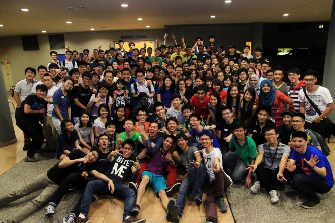 Group picture at the end of the event. An astounding 152 participants